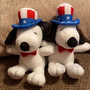 Peanuts Snoopy Uncle Sam plush dogs